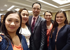 Dr Raymond Cheng with participants of the 4th ICREMSS