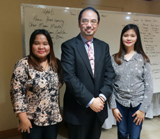Dr Raymond Cheng meets 					with PMAP Nueva Ecija Chapter President
